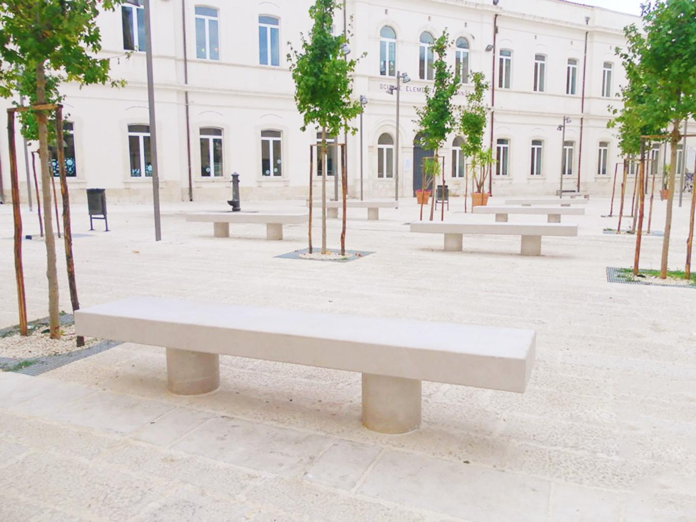Panchina arredo urbano